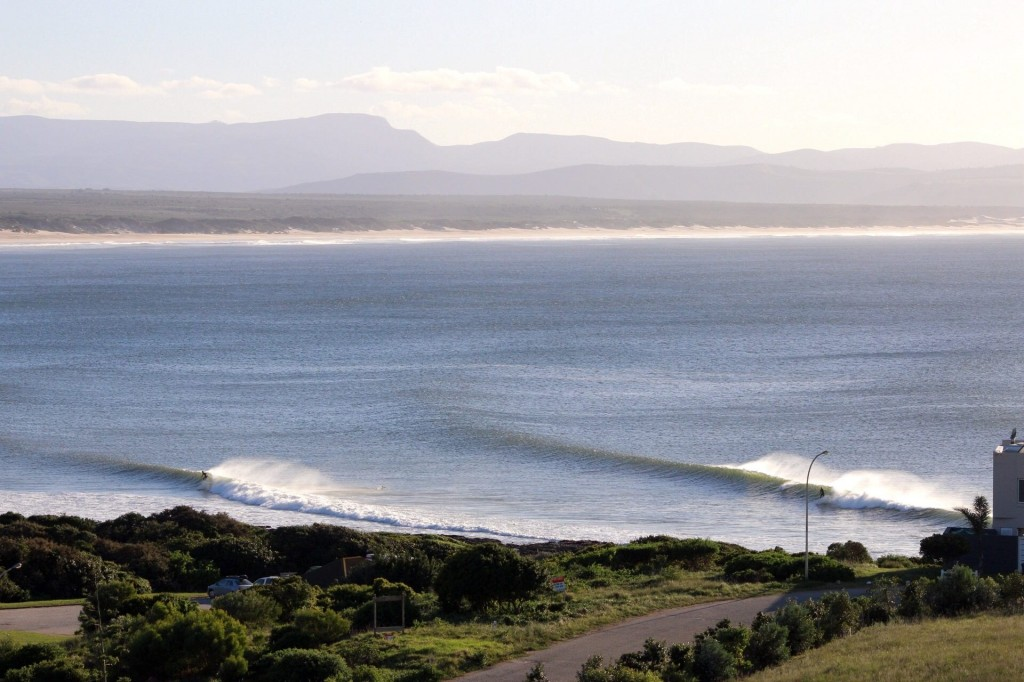 The Point, J-Bay. Photo: Dustin Turin.